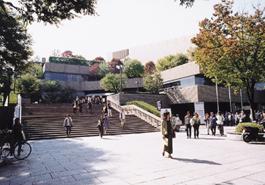 文化会館(メイシアター)