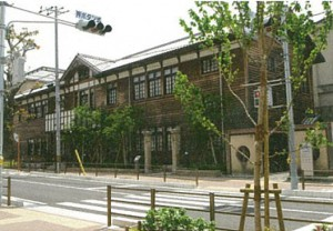 千里山・佐井寺図書館(ちさと)